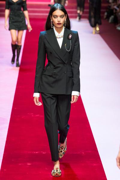 Dolce & Gabbana Spring 2018 Ready-to-Wear - Look #8