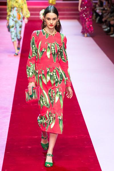 Dolce & Gabbana Spring 2018 Ready-to-Wear - Look #98
