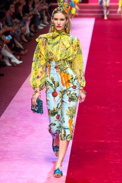 Dolce & Gabbana Spring 2018 Ready-to-Wear - Look #99