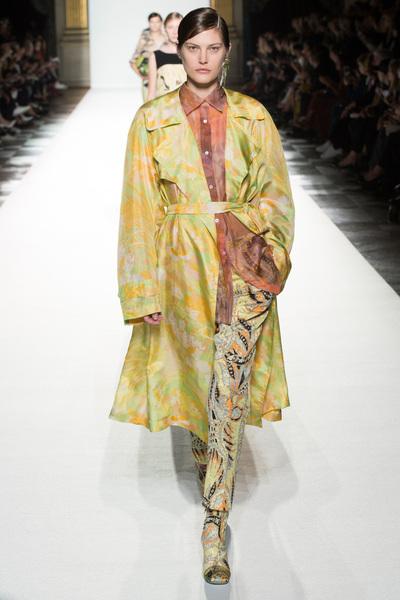 Dries Van Noten Spring 2018 Ready-to-Wear - Look #18