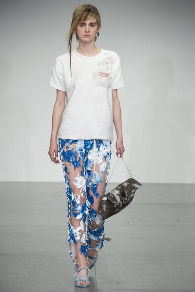Faustine Steinmetz Spring 2018 Ready-to-Wear - Look #19