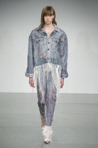 Faustine Steinmetz Spring 2018 Ready-to-Wear - Look #22