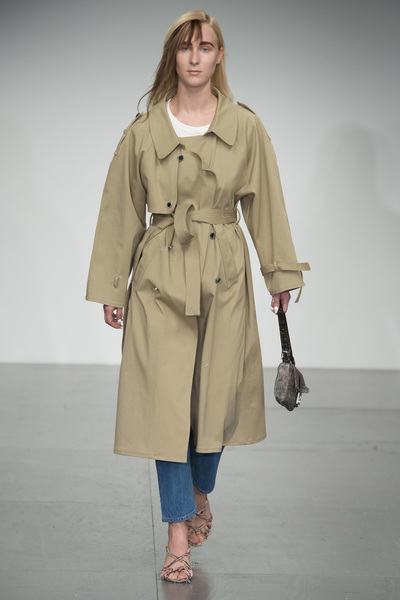 Faustine Steinmetz Spring 2018 Ready-to-Wear - Look #25