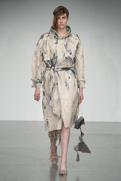 Faustine Steinmetz Spring 2018 Ready-to-Wear - Look #26