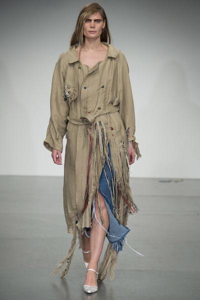 Faustine Steinmetz Spring 2018 Ready-to-Wear - Look #28