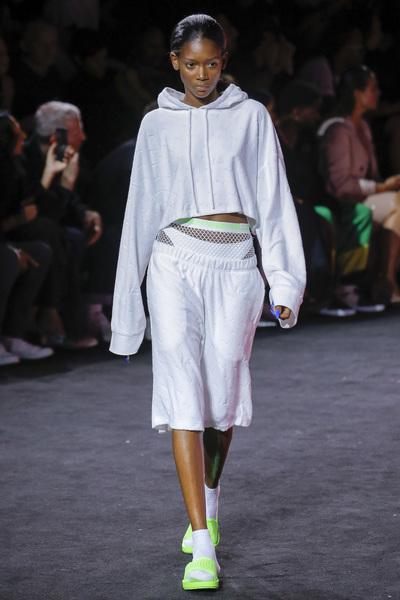 Fenty X Puma Spring 2018 Ready-to-Wear - Look #34