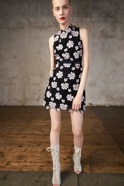 Giambattista Valli Resort 2018 - Look #13