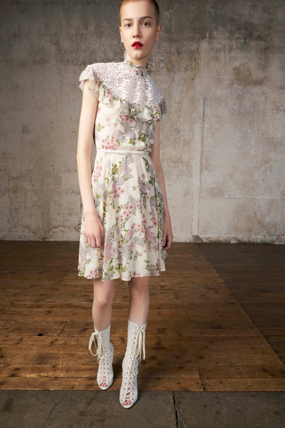 Giambattista Valli Resort 2018 - Look #22