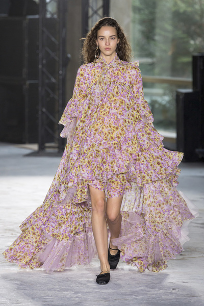 Giambattista Valli Spring 2018 Ready-to-Wear - Look #14