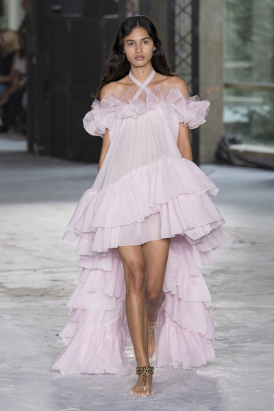 Giambattista Valli Spring 2018 Ready-to-Wear - Look #43