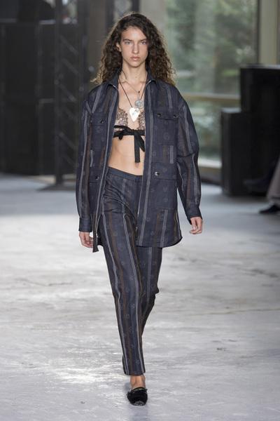 Giambattista Valli Spring 2018 Ready-to-Wear - Look #44