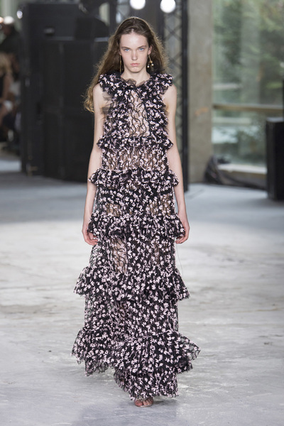 Giambattista Valli Spring 2018 Ready-to-Wear - Look #47