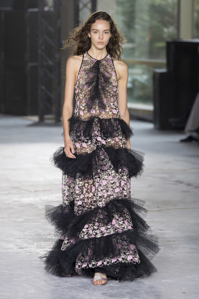 Giambattista Valli Spring 2018 Ready-to-Wear - Look #50