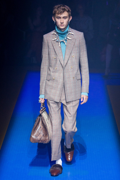 Gucci Spring 2018 Ready-to-Wear - Look #12
