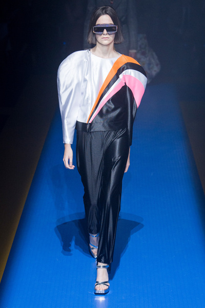 Gucci Spring 2018 Ready-to-Wear - Look #3