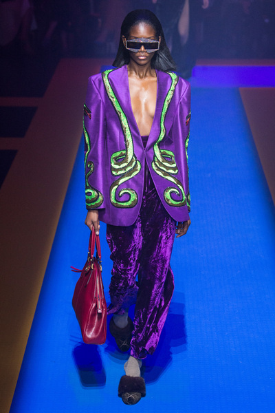 Gucci Spring 2018 Ready-to-Wear - Look #32