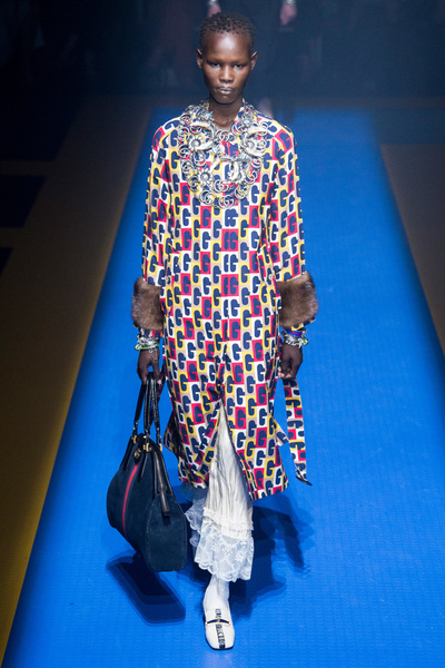 Gucci Spring 2018 Ready-to-Wear - Look #37