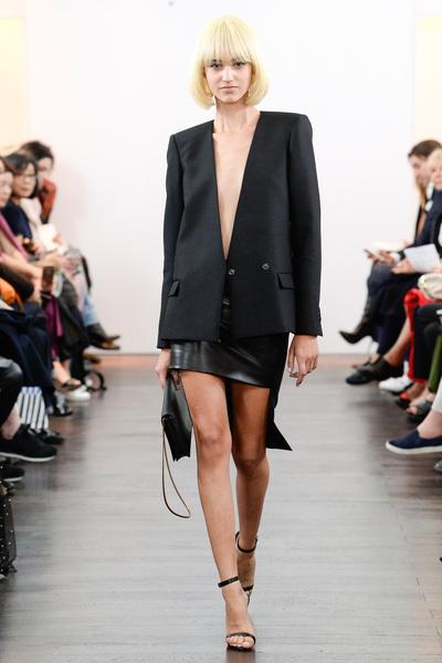 Guy Laroche Spring 2018 Ready-to-Wear - Look #6