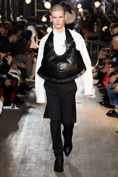 Helmut Lang Spring 2018 Ready-to-Wear - Look #17