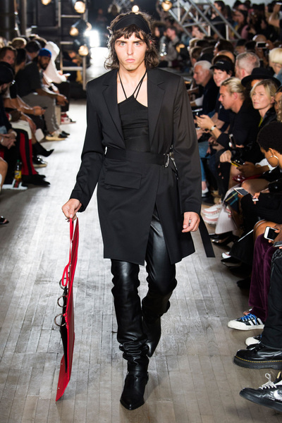 Helmut Lang Spring 2018 Ready-to-Wear - Look #9