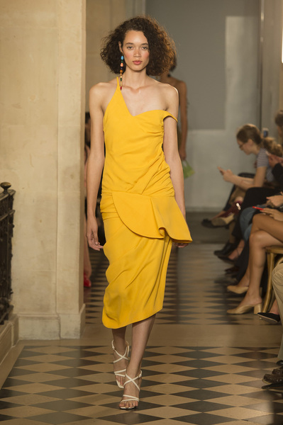 Jacquemus Spring 2018 Ready-to-Wear - Look #32