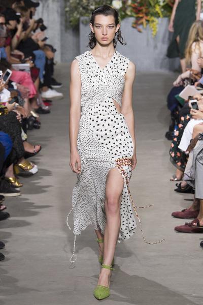 Jason Wu Spring 2018 Ready-to-Wear - Look #18