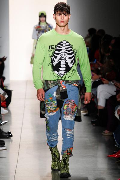 Jeremy Scott Spring 2018 Ready-to-Wear - Look #20