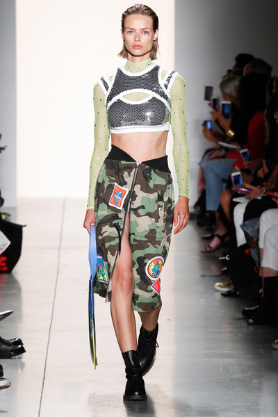Jeremy Scott Spring 2018 Ready-to-Wear - Look #25
