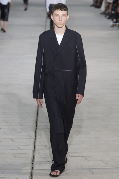 Jil Sander Spring 2018 Ready-to-Wear - Look #17