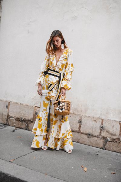 Johanna Ortiz Spring 2018 Ready-to-Wear - Look #32