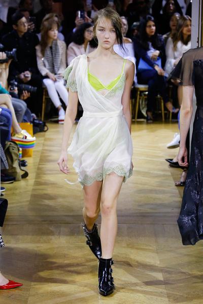 John Galliano Spring 2018 Ready-to-Wear - Look #6