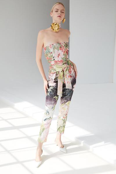 Josie Natori Spring 2018 Ready-to-Wear - Look #5