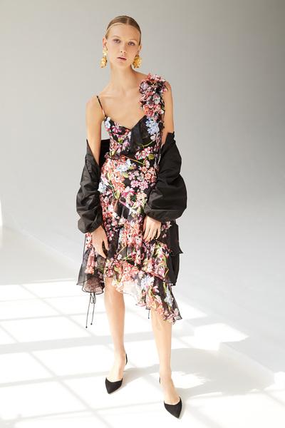Josie Natori Spring 2018 Ready-to-Wear - Look #9