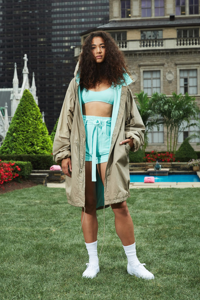 Juicy Couture Spring 2018 Ready-to-Wear - Look #7