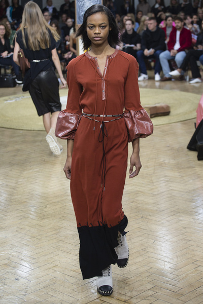 J.W. Anderson Spring 2018 Ready-to-Wear - Look #18