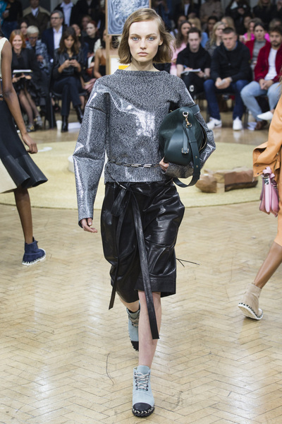 J.W. Anderson Spring 2018 Ready-to-Wear - Look #2