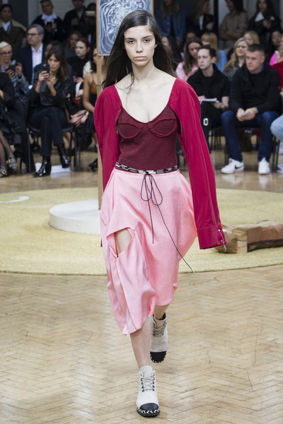 J.W. Anderson Spring 2018 Ready-to-Wear - Look #7