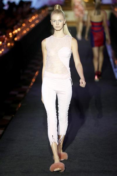 La Perla Spring 2018 Ready-to-Wear - Look #31
