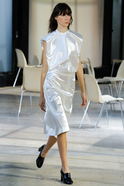 Lemaire Spring 2018 Ready-to-Wear - Look #1
