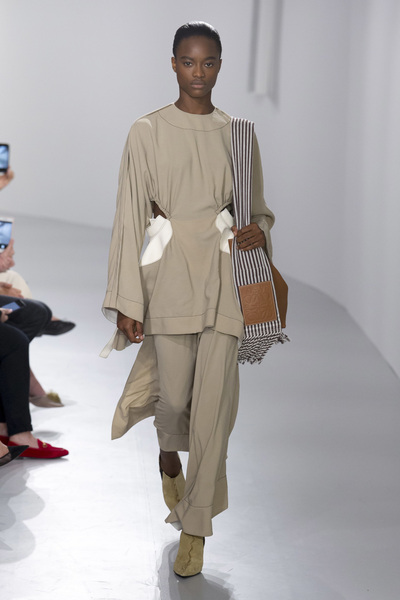 LOEWE Spring 2018 Ready-to-Wear - Look #38