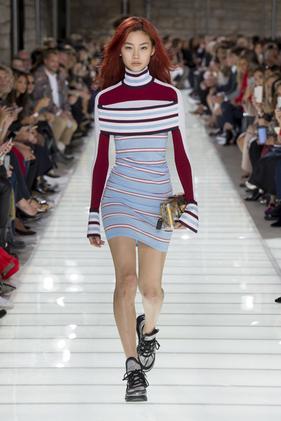 Louis Vuitton Spring 2018 Ready-to-Wear - Look #16