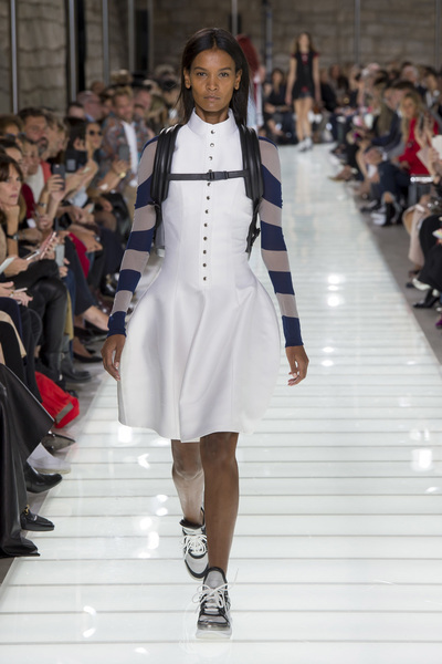 Louis Vuitton Spring 2018 Ready-to-Wear - Look #19