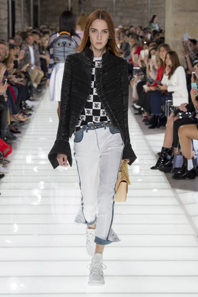 Louis Vuitton Spring 2018 Ready-to-Wear - Look #20