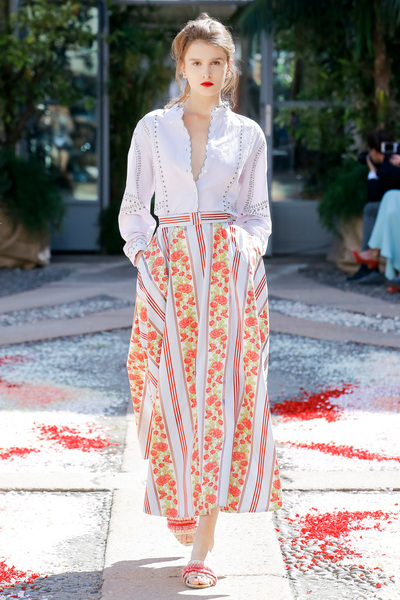 luisa beccaria Spring 2018 Ready-to-Wear - Look #24