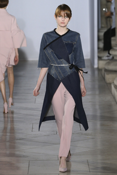 Lutz Huelle Spring 2018 Ready-to-Wear - Look #3