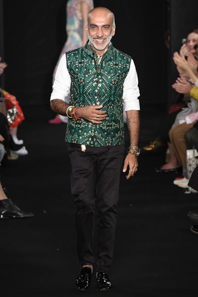 Manish Arora Spring 2018 Ready-to-Wear - Look #42