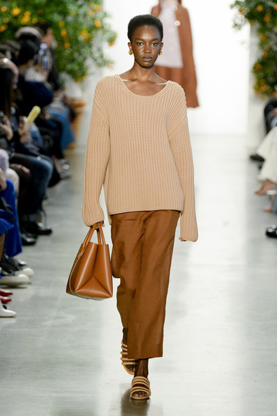 Mansur Gavriel Spring 2018 Ready-to-Wear - Look #13