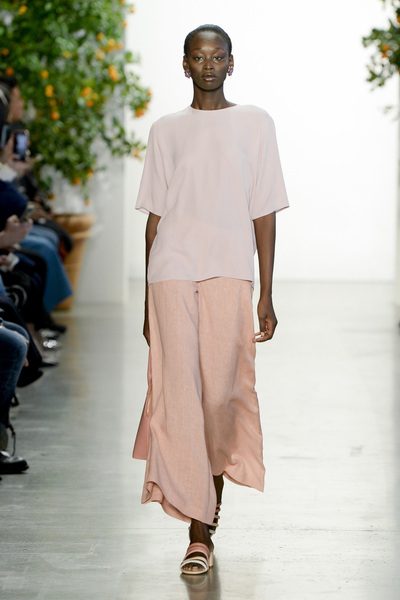 Mansur Gavriel Spring 2018 Ready-to-Wear - Look #8