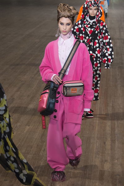 MARC JACOBS Spring 2018 Ready-to-Wear - Look #2