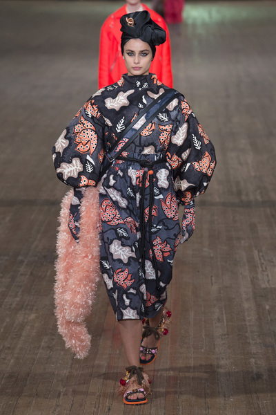 MARC JACOBS Spring 2018 Ready-to-Wear - Look #23